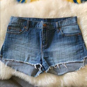 LEVIS cut off denim shorts sz 29